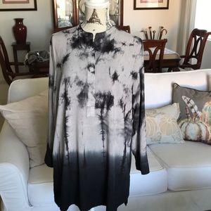 Long Tunic top with bohemian print.